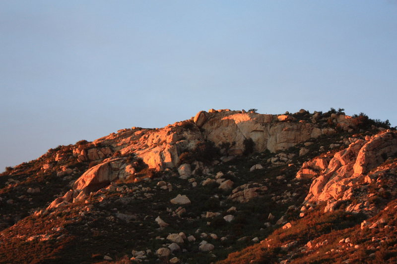 Descanso Wall at sunset.