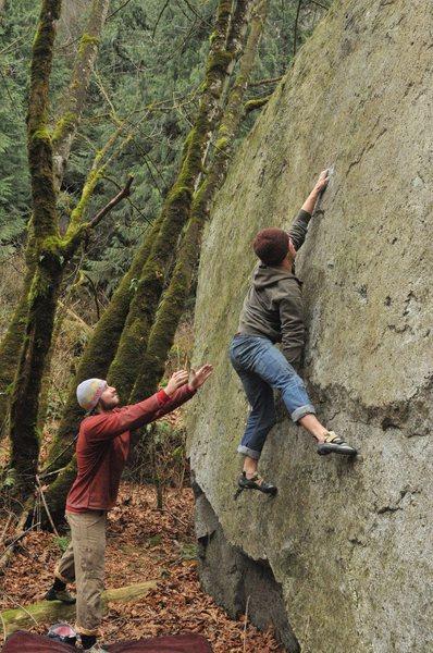 Pale Face V2 - Hunter Creek Boulders, Hope