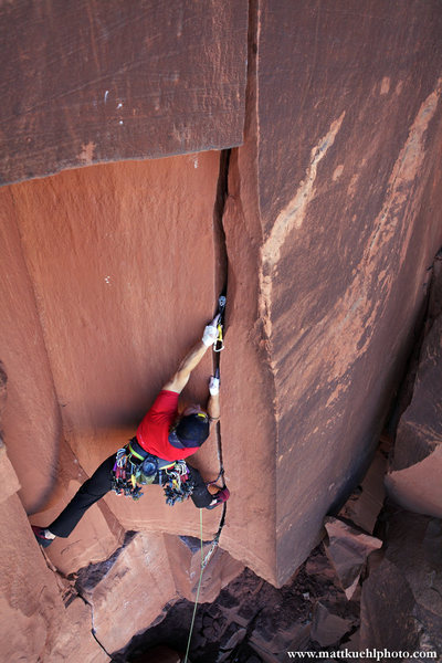 Rock Climbing Photo: Andy Hansen places a #2 in the thin hands start to...