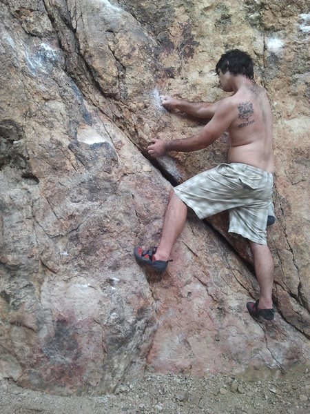 Rock Climbing Photo: Me crossing into the mono-pocket!!! FUN!!!