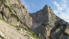 Rock Climbing Photo: The general run of the route. Photo by Andi Riesne...