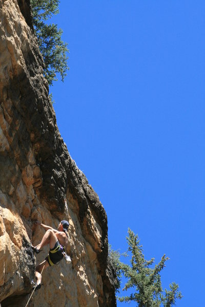Rock Climbing Photo: Alex Scott just past the roof during the FA.