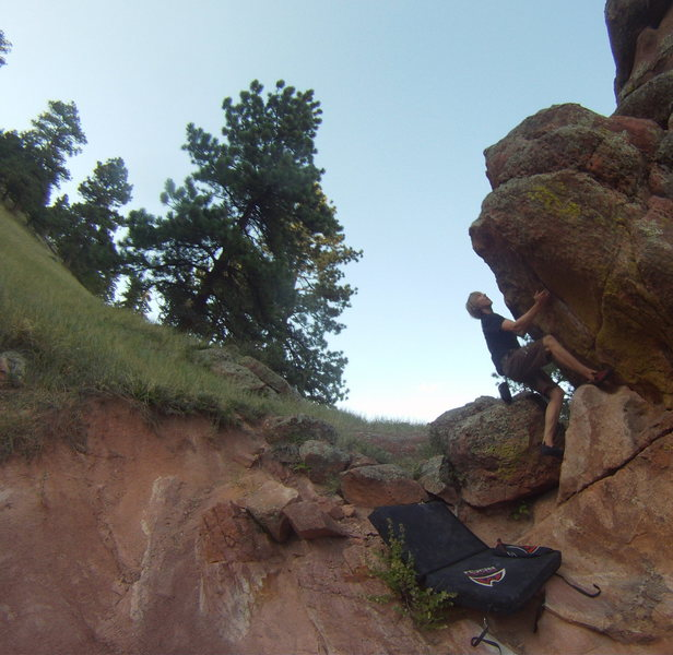 """Kurt """"Blade"""" Ross on his burly onsight of the West Overhang."""