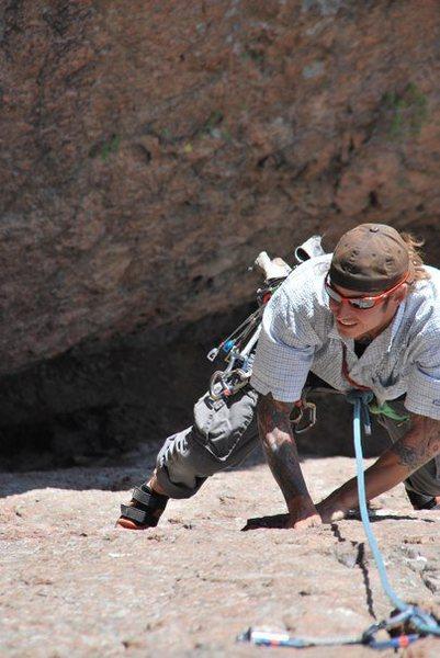 Rock Climbing Photo: Cracks Parallel.