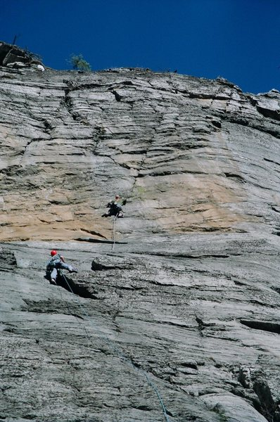 Rock Climbing Photo: Follow the diagonal line.  Photo credit goes to Ez...