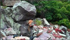 Rock Climbing Photo: Working around the arete