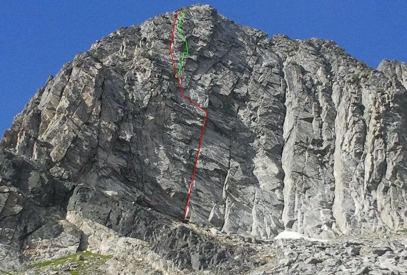 Rock Climbing Photo: In red is what I believe is the Javaman route acco...