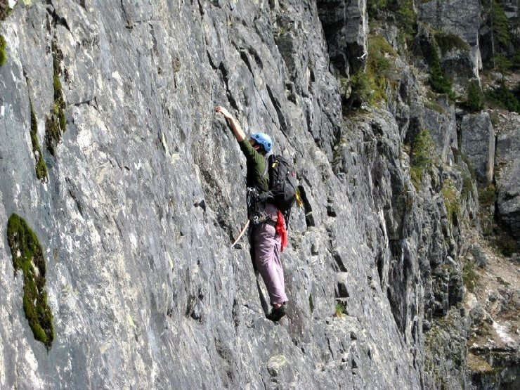 Obadiah leading the Improbable traverse pitch