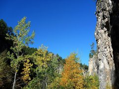Rock Climbing Photo: Jay on a great 5.10 on a fantastic fall day.  Huck...