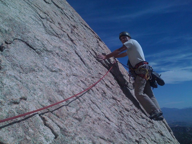 Rock Climbing Photo: Robert pushing off and around the corner at the st...