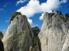 Rock Climbing Photo: East faces of the Sorcerer and Charlatan Needles