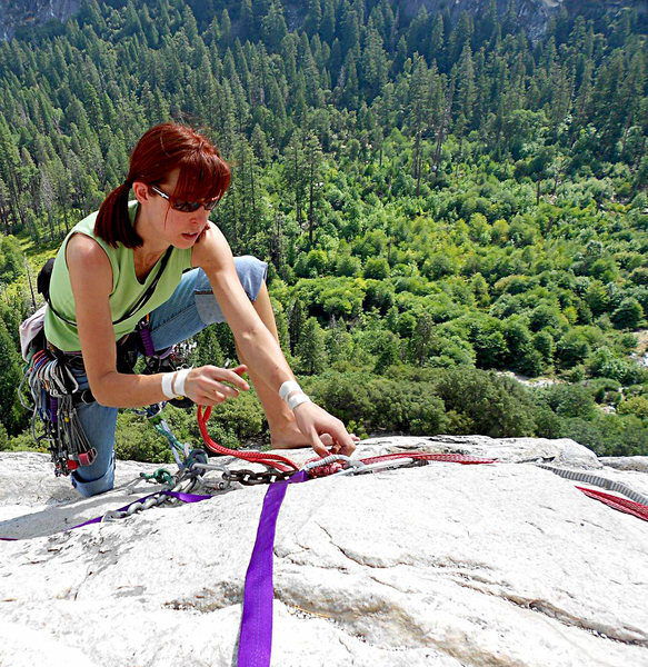 Rock Climbing Photo: Rope tying specialist on the Apron  Photo by Scott...