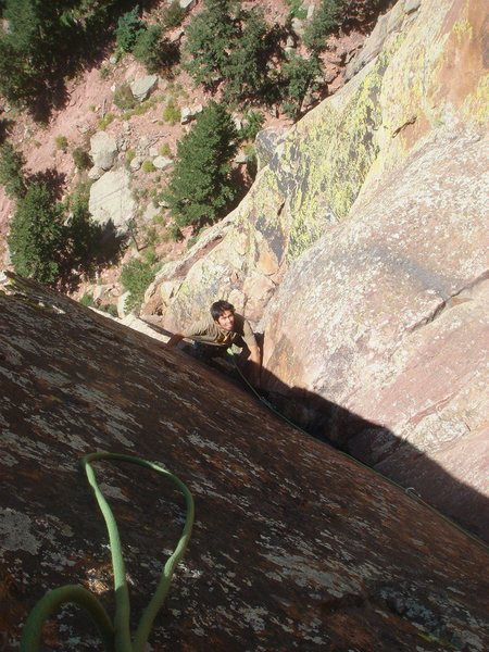 Rock Climbing Photo: Past the hand traverse and into the upper dihedral...