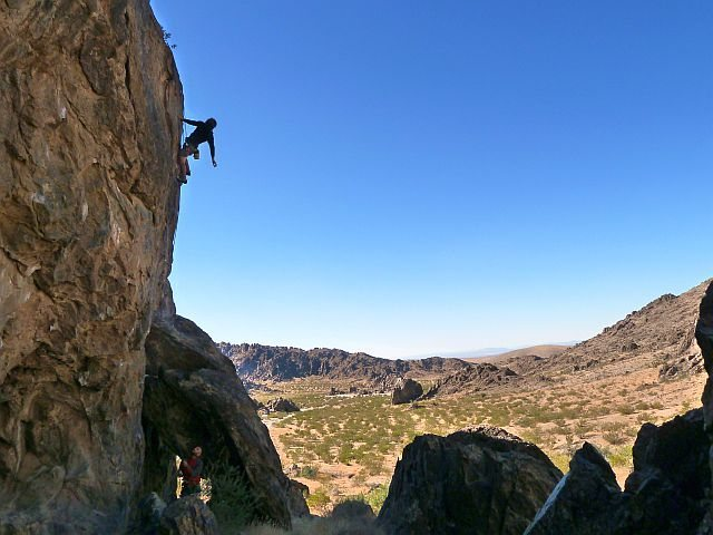 Joel shaking out on Backside Arete (5.11d), NJC