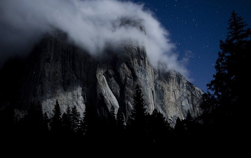 El Cap at night.  Photo by Yaman Ozakin