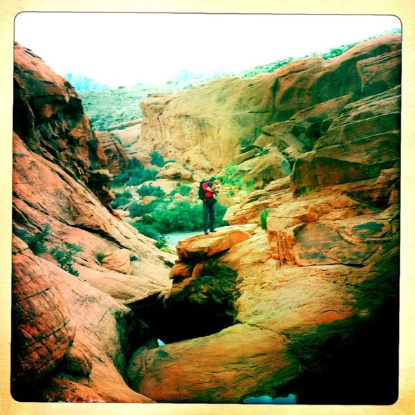Rock Climbing Photo: heading out to the black corridor in Red Rocks, NV...