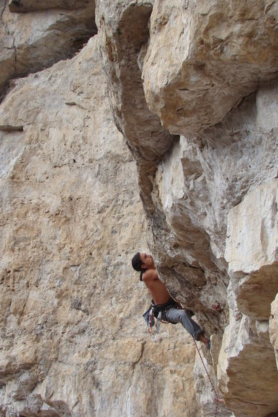 Rock Climbing Photo: Pulling the roof on Astro Pop, 5.11b