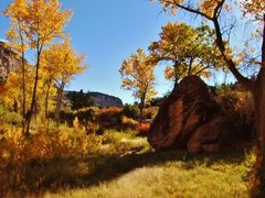 Rock Climbing Photo: East Creek in the Fall makes for scenic climbing a...