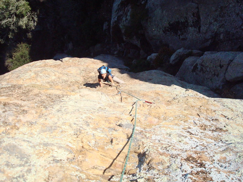 Cheri Ermshar cleaning Knee Surgery 5.10a. Photo by Floyd Hayes.