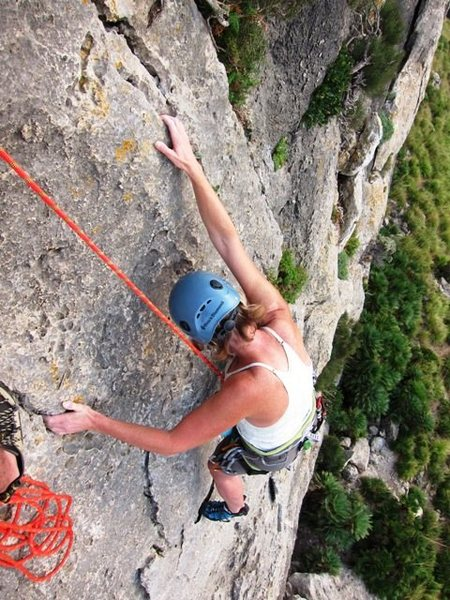 Rock Climbing Photo: Topping out on Curset.  Fun to the end!  Great vie...