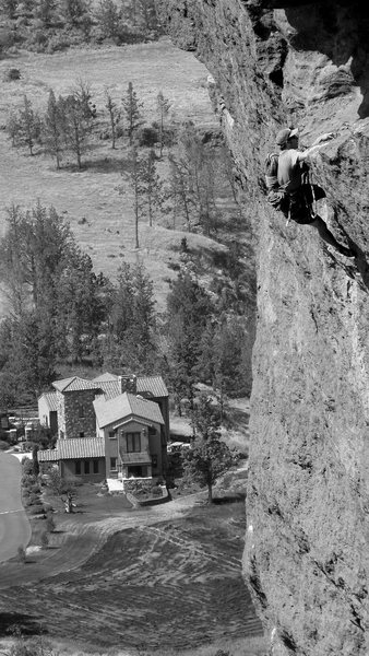 Rock Climbing Photo: Scott Bennett speed solos the Pioneer Route