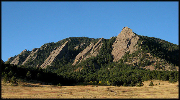 Flatirons.<br> Photo by Blitzo.