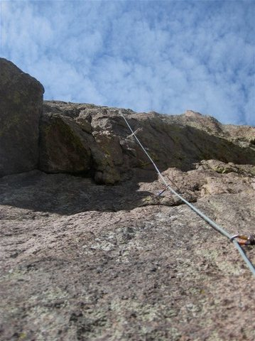 Rock Climbing Photo: Looking up the 2nd pitch of Rightist as it goes ri...