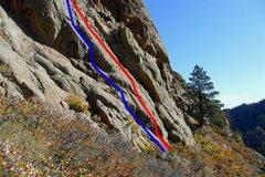 Rock Climbing Photo: Gimp Verde follows the red line. Hanging Judge fol...
