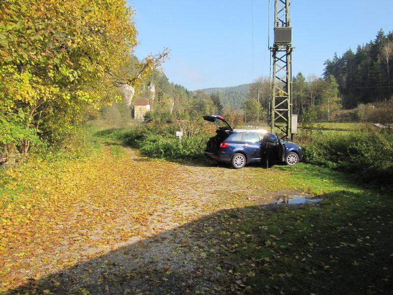 Rock Climbing Photo: The small parking area near Aalkorber Wände. Here...