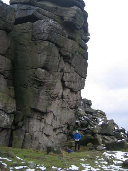 Rock Climbing Photo: The Leaning Block is steep! (photo by Phil Ashton)