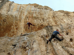 Rock Climbing Photo: Matt Nance getting orgasmic with tufa much love on...