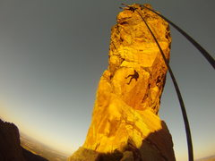 Rock Climbing Photo: The rappel to the crows nest. Climber: K. Decker. ...