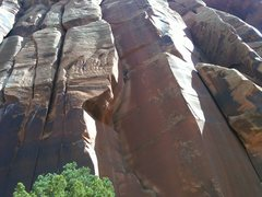 Rock Climbing Photo: Incredible Hand Crack.Its a perfect fall day in th...