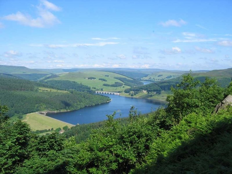 Rock Climbing Photo: The view from Bamford over the Derwent reservoirs ...