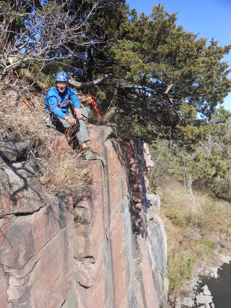 Rock Climbing Photo: Mark setting up Slanderous.