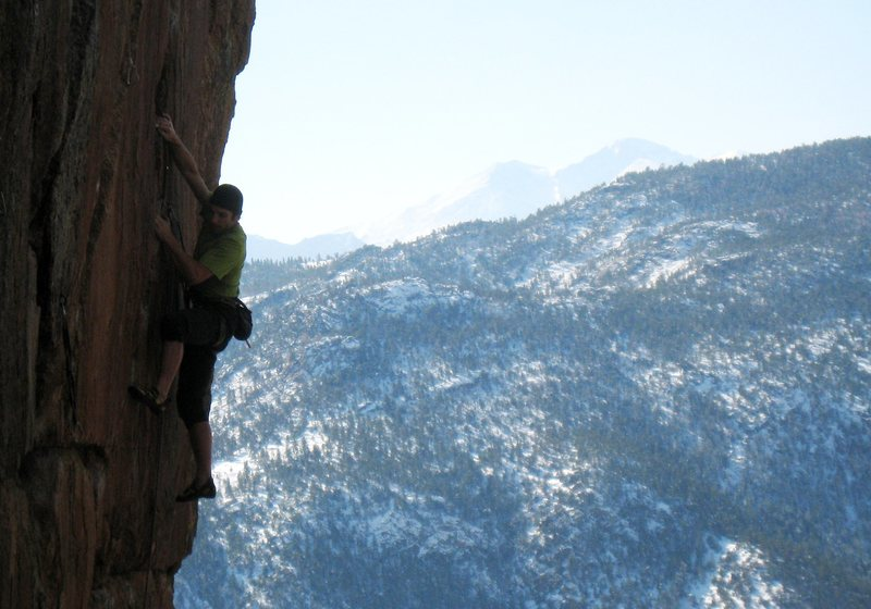 Rock Climbing Photo: Gunning for the last shake, with the Diamond of Lo...