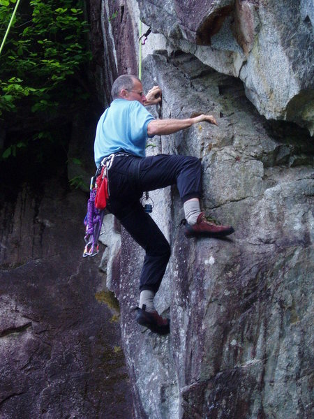 Local climber demonstrates a way to avoid the opening leaning wide crack moves en route to the squeeze.