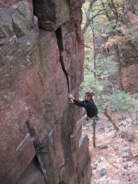 Rock Climbing Photo: Sasquatch on The Pooper.
