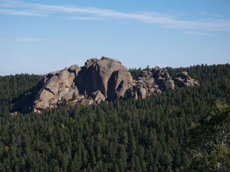 Rock Climbing Photo: Cabin Ridge from a valley hillside.