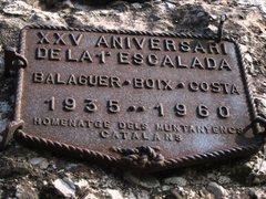 Rock Climbing Photo: Memorial plaque on Cavall Bernat