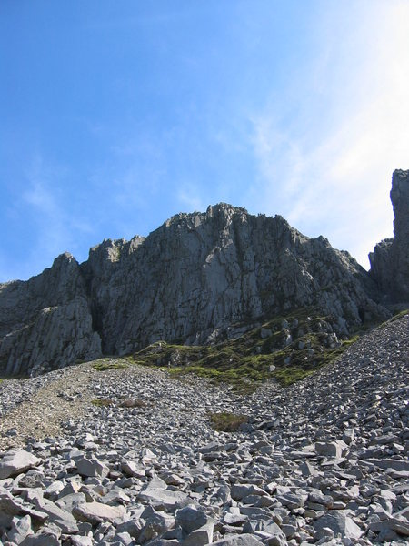 The right-hand side of Cyfrwy viewed from the base of the screes