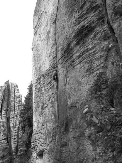 Rock Climbing Photo: Prachov-Bic, VIIa (5.8) spliter crack in CESKY RAJ...