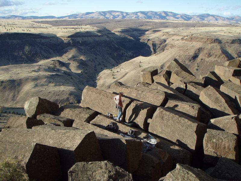 Rock Climbing Photo: Wicked basalt columns along the base.  Don't dare ...