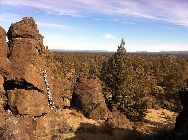 Rock Climbing Photo: Looking NE out of Castle's passages with Trojan Ra...