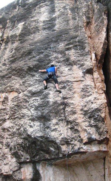 Rock Climbing Photo: Beginning the vert redpoint crux.