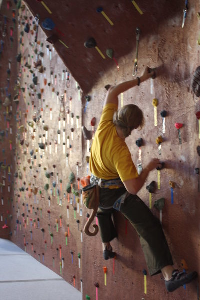 Rock Climbing Photo: Traversing warm up