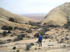 Rock Climbing Photo: Looking across the  hidden summit garden towards t...