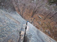 Rock Climbing Photo: Ben Botelho follows P1 of Gamesmanship(5.8+)