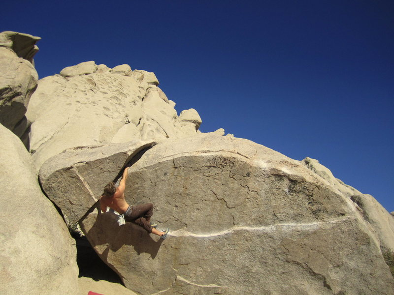 Rock Climbing Photo: Finger crack at the Buttermilks?  Who'da thought.....