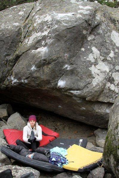 Rock Climbing Photo: Hueco Crimper Boulder